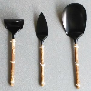 画像1: 【茶道具セット】 灰匙 三本組  黒・竹皮巻 (1)